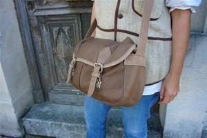 Les sacs besaces femme en cuir: Le style décontracté!