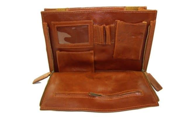 agencement intérieur de sac en cuir