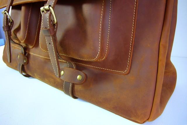 grand sac en cuir gras vintage