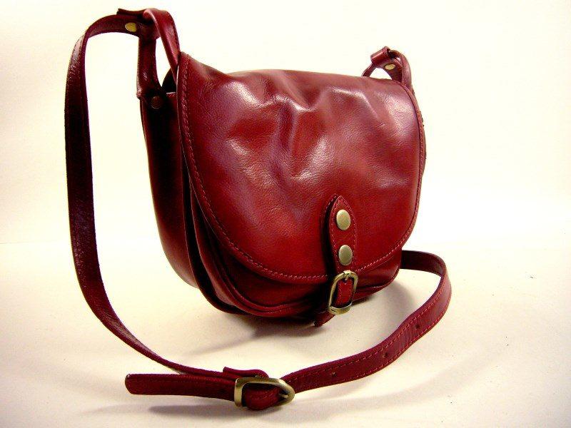Gibecière vintage femme rouge
